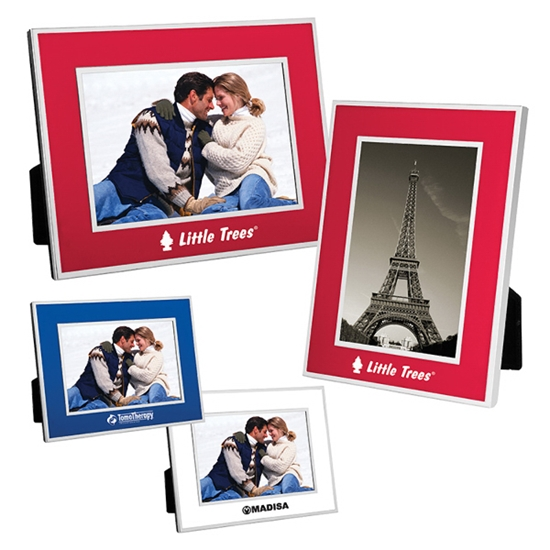 """Picture of 4"""" x 6"""" Chrome Border Picture Frame"""